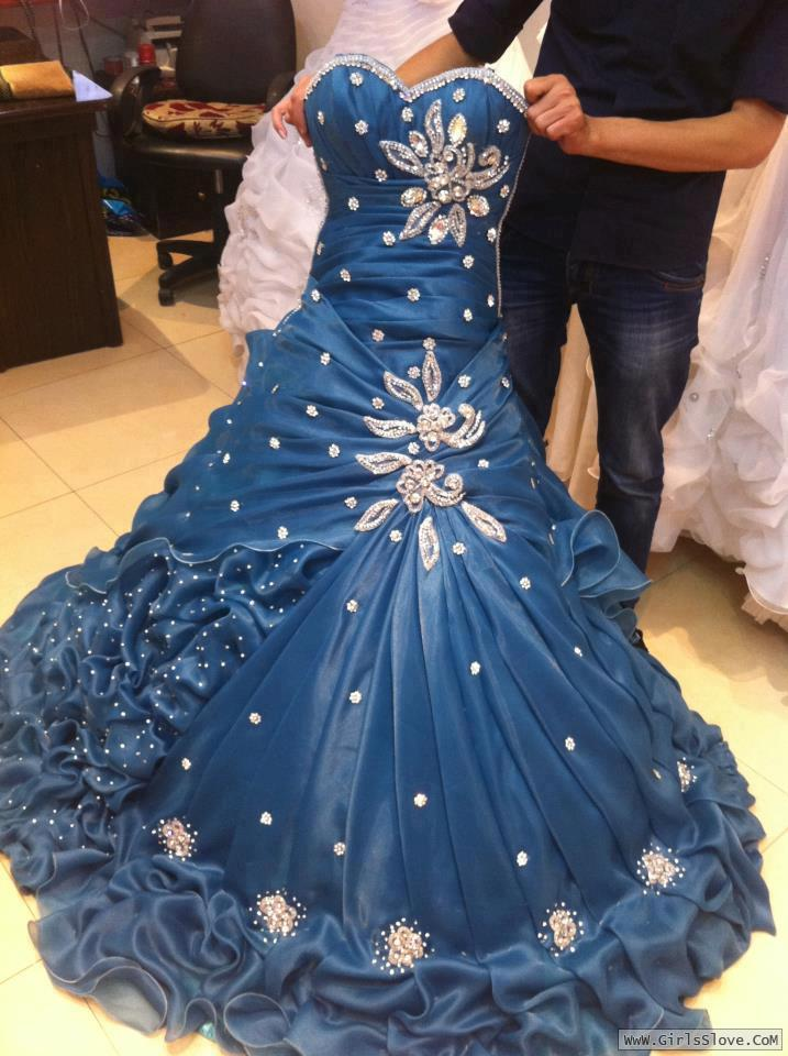a46721e7f فساتين خطوبة , اجمل الفساتين , فساتين مميزة 2019   منتديات حب البنات